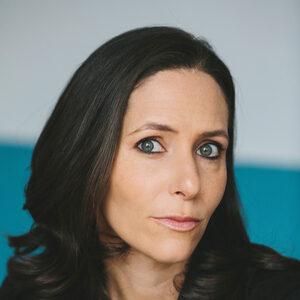 Abby Schneiderman headshot