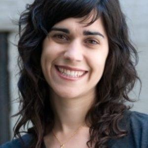 Megan Nicolay headshot