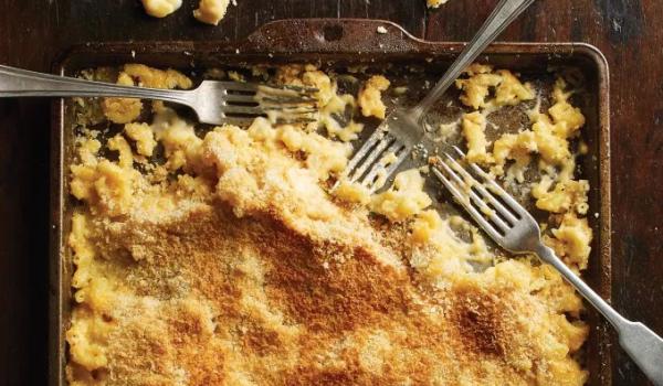 Super Creamy No-Boil Mac and Cheese thumb