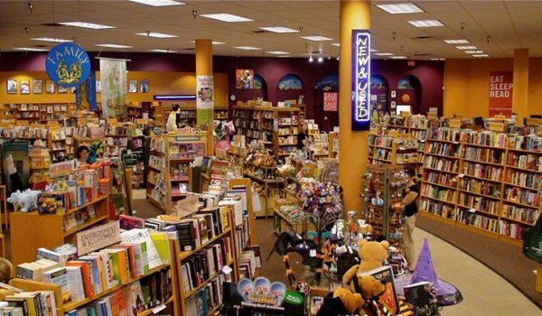 Indie Bookstore Spotlight: Books for Graduates thumb