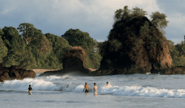 #TravelTuesday: Manuel Antonio National Park, Costa Rica thumb